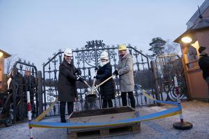 I december 2016 påbörjades bygget av i Östersund. Henrik Zipsane, Lena Bäckelin och Berndt Arell tog byggets första symboliska spadtag.