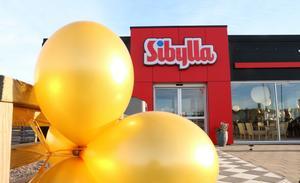 En restaurang med framtiden för sig tror Mikael Carlsson på Nordic Fast Food. Företaget som äger Sibyllakonceptet ser på sina försäljningssiffror att drive-in-restaurangerna är de mest lönsamma.