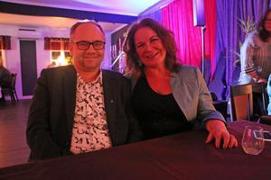Martin Lindström och Mia Wängelin träffades för exakt tio år sedan på Gästis. Efter det återvänder de till restaurangen varje trettondagsafton.