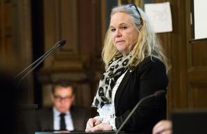 Gruppledare Maria Lind (S) har försökt fått tag i Urban Wigren i flera månader, eftersom han inte dykt upp på partiets möten inför kommunfullmäktige.