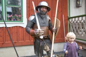 Olof Andersson med dottern Frida hade åkt upp från Skåne för att vara med på öppet hus hos Albert Collins.