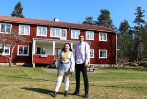 Maria och Josef Sjöberg driver  Vekhyttegården där de bland annat har ett antal tidigare ensamkommande som hyresgäster  Foto:  Samuel Borg/Arkiv