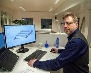 Christer Pekkala jobbar med 3-cad. Han tågpendlar  från hemmet i Örnsköldsvik.