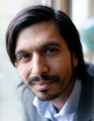 Qaisar Mahmood är avdelningschef på Riksantikvarieämbetet och författare till flera böcker som svensk kultur och integration.