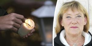 Bibi Häggström vill gärna betala för att det ska tändas ljus på familjegraven  i Bjärtrå även på 1:a advent, julafton och nyårsafton – som det var förr innan det stora pastoratet bildades. Bilder: TT och Privat