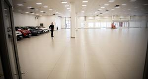 Invigningen blir 29 mars och arbetet med att flytta in fordonen har redan börjat.