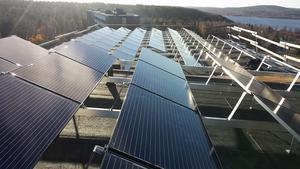 Investeringen på solceller kostade Övikshem 1,7 miljoner kronor.  Bild: Övikshem