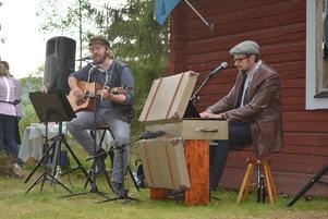 Andreas Nilsson och Sven Edsfors tolkar Dan Andersson