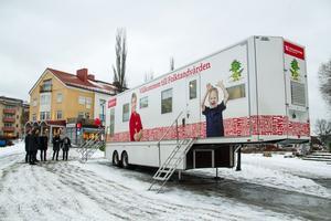 Istället för att boende i Ramsjö och Los nödvändigtvis måste åka in till kliniken på Järnvägsgatan i Ljusdal, så kör trailern ut till Ramsjö och Los, som blir första stoppet. Det betyder mycket för tryggheten och tillgängligheten, skriver insändaren.