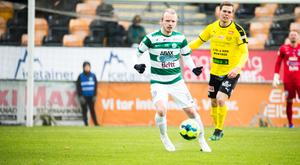 Jesper Florén är tillsammans med Dennis Persson och Anton Fagerström de tre VSK-spelare som spelat samtliga minuter av superettansäsongen så här långt.