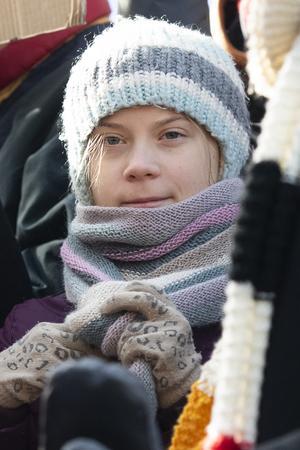 Greta Thunbergs tal samplas på Dramatens scen.