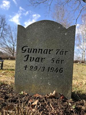 Bröderna Svensson blev bara sju och fem år. Likt i sagan om Bröderna Lejonhjärta försökte storebror Gunnar rädda livet livet på sin lillebror Ivar.