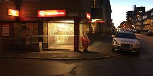 En livsmedelsbutik på Söder i Gävle rånades på söndagseftermiddagen.