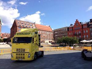 Storsjöyran 2013 Står på torget.