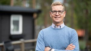 Christoffer Jonsson, skadechef på Länsförsäkringar Västernorrland, vet vad du inte bör missa när fritidshuset säkras inför vintern. Foto: Anna-Clara Eriksson