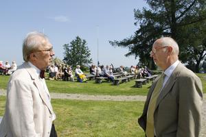 Hembygdsföreningens ordförande Thomas Göransson fick en pratstund med Mats Svegfors.