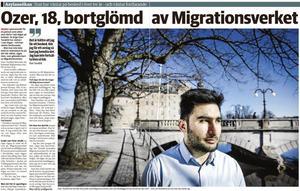 NA 6 april 2019. NA avslöjade att 18-årige Ozer Tarakhil glömts bort av Migrationsverket och att han hade väntat 1 240 dagar på besked om att få stanna i Sverige. Efter NA:s artikel togs hans fall upp direkt.