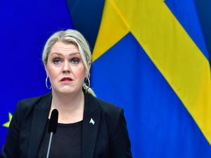 Socialminister Lena Hallengren (S) berättar att alkoholförbudet förlängs. Arkivbild. Foto: Jonas Ekströmer / TT