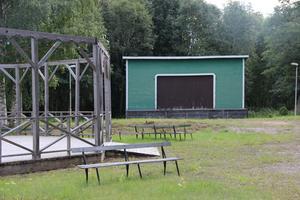 Dansbanan och stora scenen ska efter ett antal år i limbo användas som de är tänka att användas.