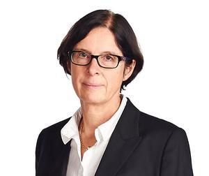 Lena Södersten, förbundsjurist på Villaägarnas riksförbund, har nyligen besökt Västanfors och träffat boende. Foto: Villaägarnas riksförbund