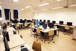 När Gävles gymnasieelever får egna bärbara datorer blir skolornas stationära datorer överflödiga och datorsalarna kan användas till annat.