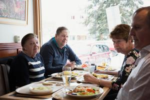 Mariann Nygren, Lars-Gunnar Nygren, Siv Melin och Erik Melin säger att det som hänt är obehagligt.