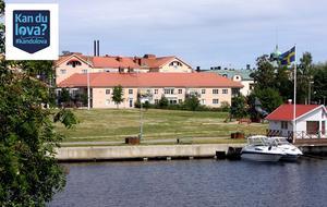 Andreas Menzel undrar om partierna kan lova att bygga lågt istället för högt på tomten vid Torsvik. Något som inga av partierna kan lova.
