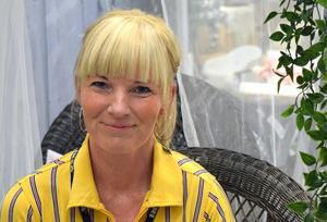 Varuhuschef Jessica Öhlund berättar att man har noggranna rutiner inför varje stängning av varuhuset.