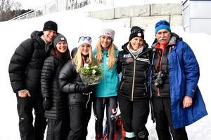 Mikaela Shiffrin och Emma Lundell med föräldrarna Mikael och Annika och Mikaelas föräldrar Eileen och Jeffrey.