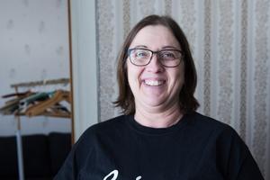 Elisabeth har kommit långt i sin personlig utveckling under det senaste året. Numera är hon en glad person som längtar till arbetet.