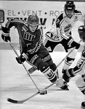"""Dribblingskonstnären Lars-Gunnar """"Krobbe"""" Lundberg kom till ÖIK 1979 och stannade i klubben till 1986. Foto: Håkan Ekebacke/NA"""