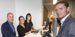 Patrik Frick, vd, Sara Östman, projektledare stora möten, Lena Nordstrand, säljare affärsresor, och Thomas Lütje, marknadschef, på Travel Team.