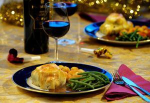 Se inte bara till råvaran när du ska kombinera maträtt med passande vin. Foto: Leif R Jansson/TT
