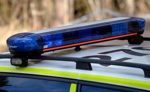 Kvinnan misstänks ha försökt stjäla från en bensinstation på tisdagseftermiddagen.