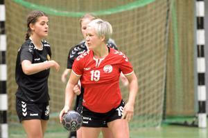 Jenny Henniger gjorde fem av Avesta Brovallens mål.