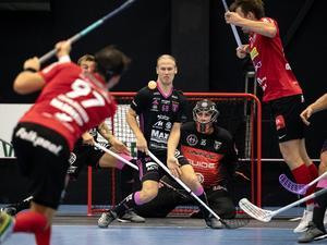 Trots Faluns stora spelaromsättning tippas dalalaget få spela SM-final mot Storvreta (bilden). Casper Backby, 22, väntas ta en ledande roll i årets IBF.