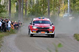 MK Rimos Martin Hagman och Niklas Edvardsson i sin Skoda Fabia R5 på väg mot tredjeplatsen i EMK-Kannan. Foto: Pierre Skytt