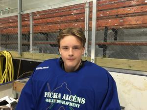 Viktor Thures, 15 år är från Gävle och spelar i Brynäs.