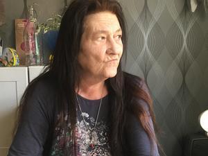 63-åriga cancersjuka Annelie Eriksson fick i december beskedet att hon också drabbats av diabetes. Svåra magsmärtor samt oro över att hon kanske inte kan bli frisk ifrån sin cancer har även lett till en depression.