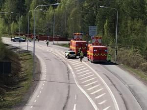 Olyckan orsakade trafikstörningar på Källviksvägen.