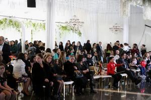 Många Södertäljebor sökte sig till Assyriska kulturhuset.