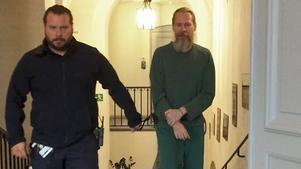 Gryningspyromanen Ulf Borgström dömdes i Svea hovrätt till fängelse i två år och tre månader. Domen överklagas nu till HD.