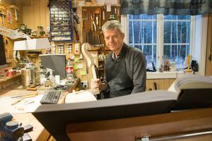 """Peter Westerlund är 64 år men har inga planer på pension. """"Det här är ju min hobby"""", menar han."""