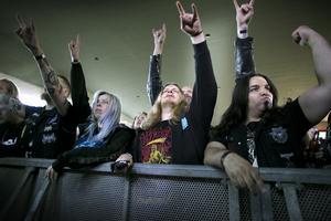 Årets upplaga av Gamrocken lockade besökare från 20 olika länder. Bland annat reste fantaster av black metal och death metal från Singapore och Mexiko för att tillbringa ett par dagar i Grängesberg.