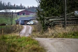 I slutet av vägen bodde den 58-årigen mannen och det var också där han hittades död i måndags.
