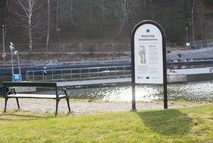 Södertälje kanalmuseum består av flera informationstavlor.