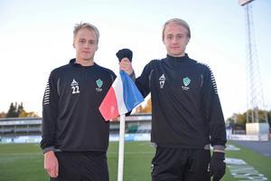 Oscar och Anton Lundin i Bragekläder under säsongen 2014. Nu återförenas tvillingarna när Oscar återvänder från Dalkurd.