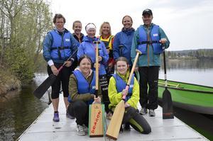 Lägerdeltagare från klubben IF Indalsälven dragonboat.