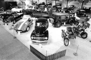 1983 arrangerade Jemtlands veteranbilklubb en utställning av riktigt gamla bilar.