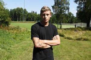Anton Andreasson lämnar J-Södra efter att hans kontrakt nu gått ut.